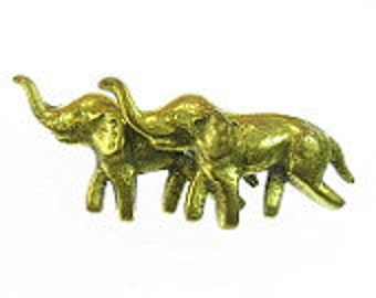 Brass Lucky Elephants Pin Vintage Dimensional Figural Elephants Brooch