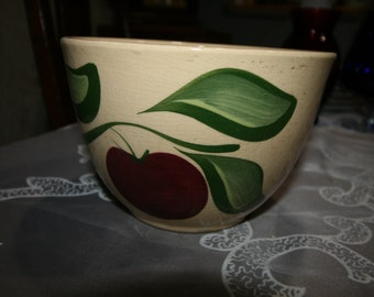 """6"""" Watt Mixing Bowl, Apple with Leaves, Stoneware Bowl, Made in USA Mint"""