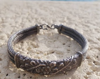 Vintage ethnic hand made, women, braided Solid Sterling Silver bracelet, Stamped 925 unique