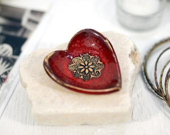Ceramic mini bowl, heart bowl, ceramic dish, ring holder, jewelry dish, trinket dish, ring dish, pottery bowl, decorative bowl, gift for her