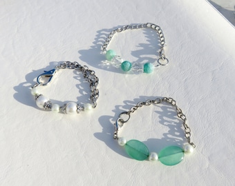 Silver and Teal Beaded Stacking Bracelets // Three Bracelet Stack // Pearl Bead Bracelet Set