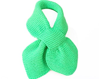 Toddler Knit Scarf. Kids Jade Pull Thru. Green Keyhole Muffler 2 to 4 Years. Child's Winter Neck Warmer Wrap. Bow Tie Loop Ascot
