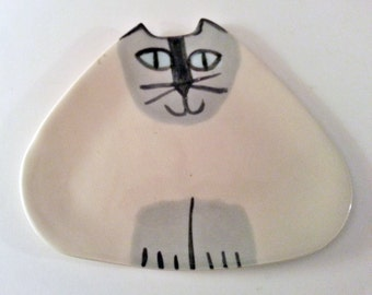 ceramic Siamese kitty cat pottery: plate triangle shape Made to Order collectible feline theme design decorative functional whimsical