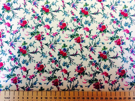 High quality cotton poplin printed in Japan, floral on off-white