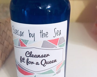 Cleanser Fit for  a Queen (4oz bottle)