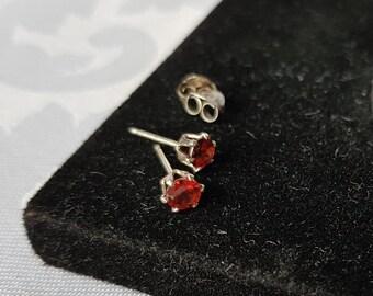 Sterling Silver Garnet Stud Earrings, Vintage Sterling Silver Garnet Earrings, Garnet Studs, Sterling Earrings, Earrings, Studs
