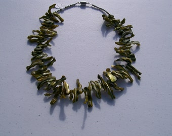 olive green frangia  many branches olive green shell