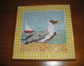 trivet made of micro mosaic pattern Seagull