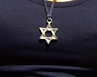 Leather necklace with star of David