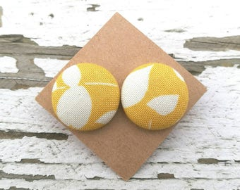 """Fabric Button Post Earrings - Yellow Gold and White Floral Abstract - 3/4"""""""