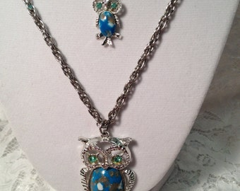 """Double Owl Necklace with """"Turquoise"""" Stone and Rhinestone Eyes, Silver Tone Setting and Chains, Fun and Very 1960's."""