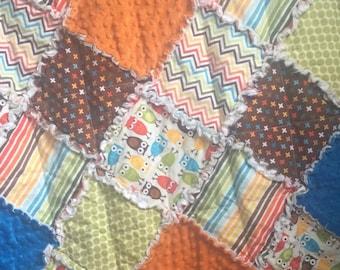 Rag Quilt- Crib Blanket- Owl Quilt- Owl Baby Bedding- Baby Rag Quilt- Patchwork Quilt- Nursery Bedding- Owls in Bermuda