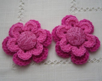 Set of 2 large pink flowers are hand crochet - Japanese buttons