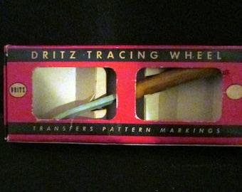 Vintage Tracing Wheel with Bakelite Handle in Original Box by Dritz