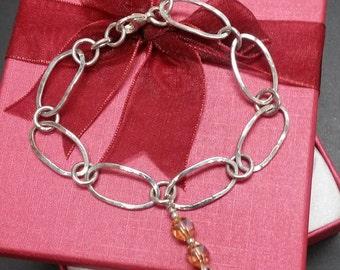 Sterling silver bracelet. Silver Bracelet. Hammered link bracelet. Handmade chain.