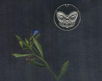 NEW ZEALAND - Maori Mask Handmade Cut Coin pendant, 10 Cents,