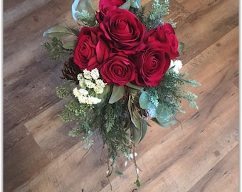 Red winter bouquet, or bridesmaids bouquet, holiday wedding.