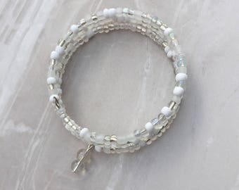 White Beaded Memory wire bracelet, beaded wrap bracelet, beaded bracelet, stacking bracelet, beaded cuff