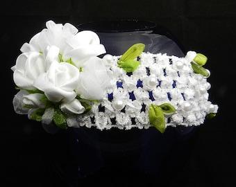 Tsumami Kanzashi flower headband with white roses