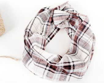 Brown plaid baby scarf, Flannel baby infinity scarf, Toddler blanket scarf, Brown plaid cowl, Cold weather, Photo props, Baby fashion scarf