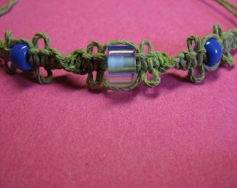 Macrame hemp and glass bead bracelet