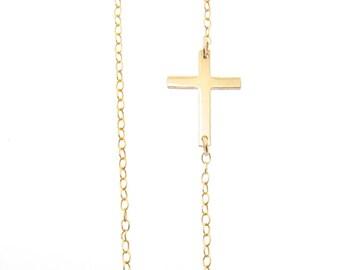 Petit côté Collier croix - Off Centre, de l'or en argent Sterling, ou en or Rose rempli, Horizontal Croix, Jennifer Lopez Style