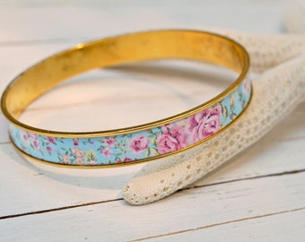 Women's Preppy Bangle Bracelet - Shabby Chic Floral
