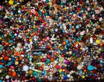 Assorted Beads for Crafting Lot E, 2#'s