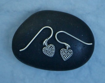Textured Heart Earrings EE56
