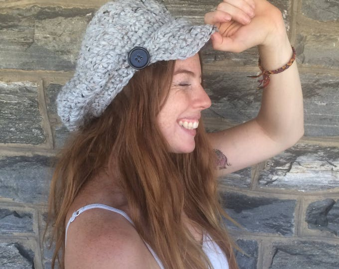 CROCHET NEWSBOY CAP/ Women's Newsboy Hat / Crochet/ Brimmed Beanie Hat / Gifts for Her / Birthday Gift / Christmas Gift / Women's Winter Hat