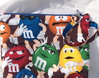 M & M Fabric Handmade Wristlet