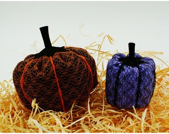 Halloween: 2 color pumpkins black orange for the large and dark purple for your baby, made of felt and sequined lace