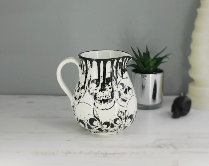 Skull MediumJug, 1L utensil jugs, skulls vase, unique ceramic gift, Gothic pot, Black Jar, decanter, Milk cream Jug, hand painted flagon