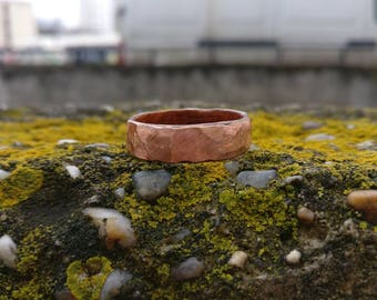 Mahogany band with copper top