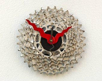 Bike Gear Clock, bike parts clock, cyclist gift, boyfriend gift, bicycle parts gift, unique repurposed bike clock, Recycled Bike Gear Clock