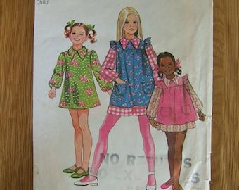 Vintage 1970s Girls Sewing Patterns | Retro Girl Dress & Smock Pattern | Simplicity 9843 Kids