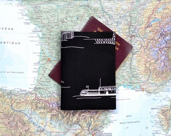 "Protects - Passport cover ""Mississippi"" fabric black and white boat deck man wheel"