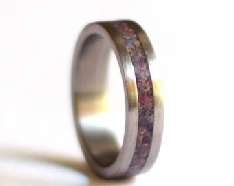 Women's Wedding Ring, Titanium Women Band, Stainless Steel Wedding Ring with Crushed Amethyst Inlay