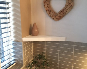 Floating Stretched Corner Shelf