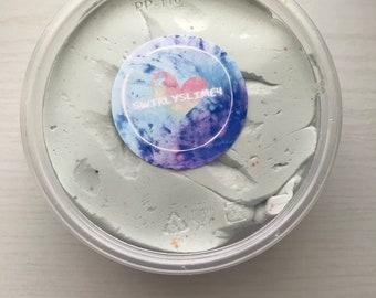 Light blue/white Butter