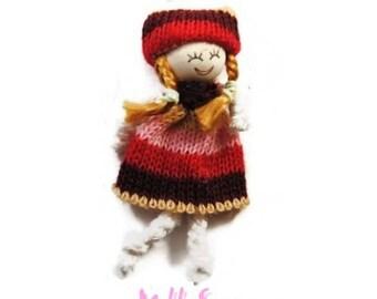 X 1 embellishment scrapbooking cardmaking 8 wool doll *.