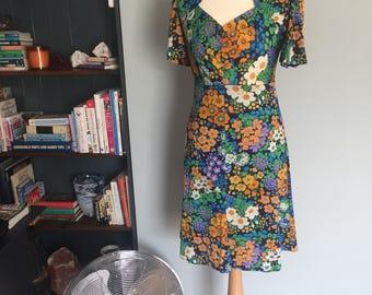 Vintage summer flowers dress festival mod blogger