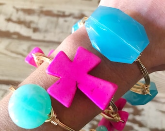 Blue Acrylic Wire Wrap Bangle Bracelet, Blue Bead Bangle, Bourbon and Boweties Inspired, Blue Bangle, Panther Bangle, UNC Bangle,