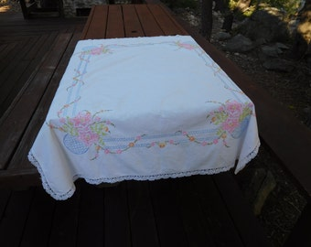 """Vintage 60's Retro TableCloth White Cotton with Floral Embroidery Design  42"""" x 50"""""""