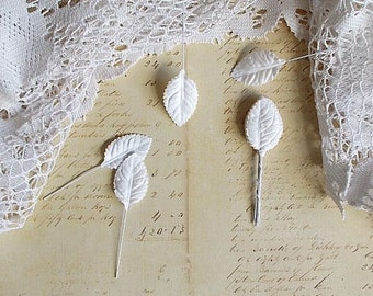 20 White Paper leaves, for flowers, scrapbooking