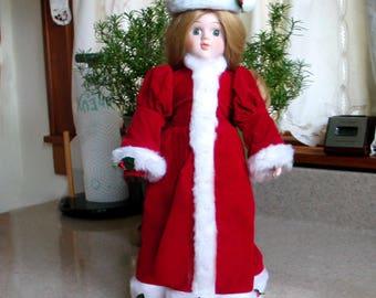 Vintage Porcelain Doll House of Lloyd's Christmas Carole