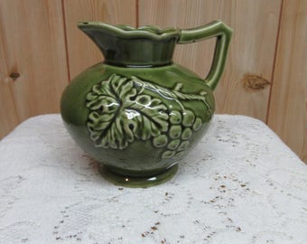 Vintage Creamer Grape Pod Design
