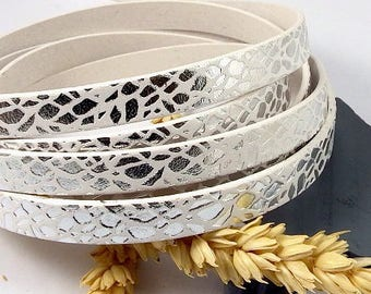 flat leather 10mm white leaves silver