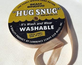 Seam Binding Hug Snug Champagne Vintage 5 Yards