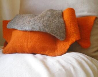 felted waist bag -queen of convenience-
